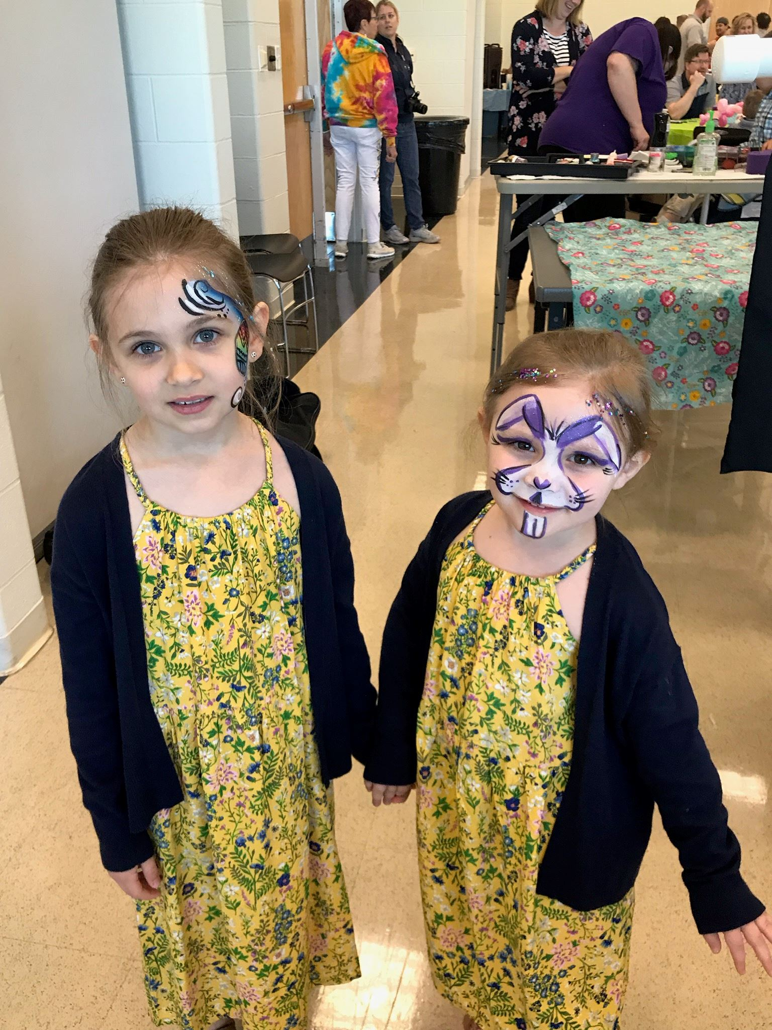 2 little girls with face painting