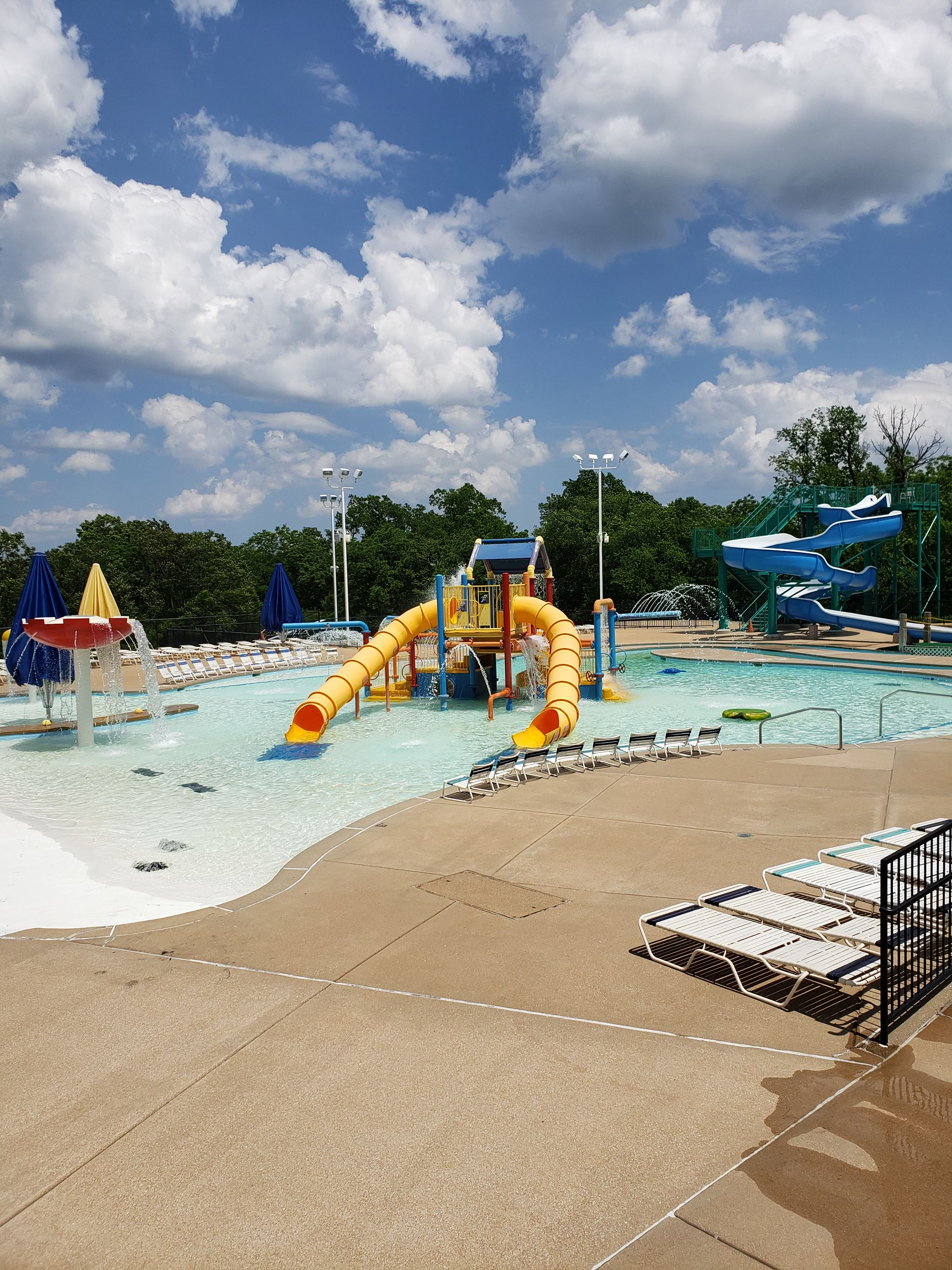 riverchase outdoor pool